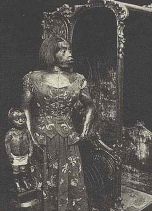 Les momies de Julia Pastrana et son enfant