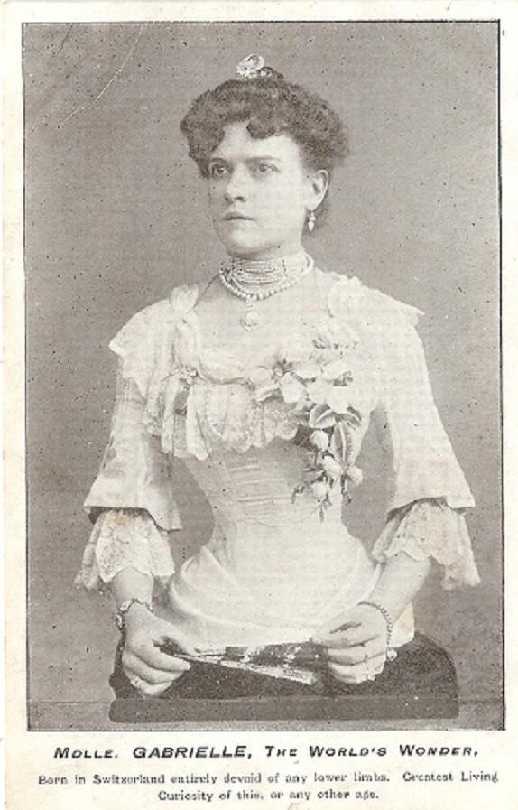 Mademoiselle Gabrielle freak