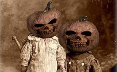 vintage-pumpkin-costume