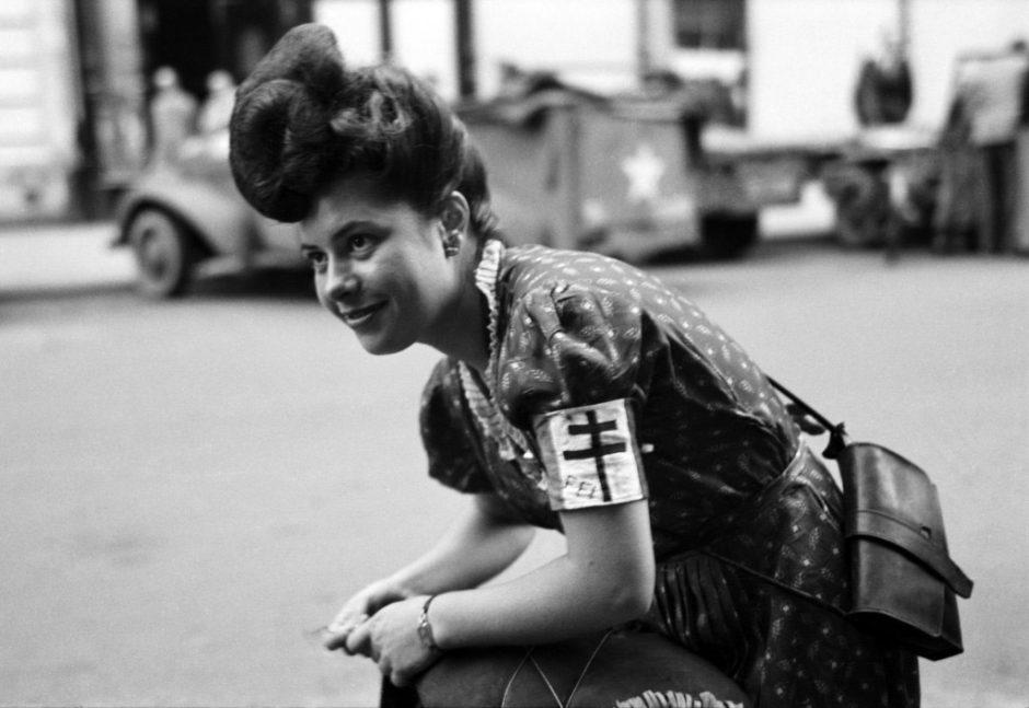Lee-Miller-women-WWII-11-940x647 (1)