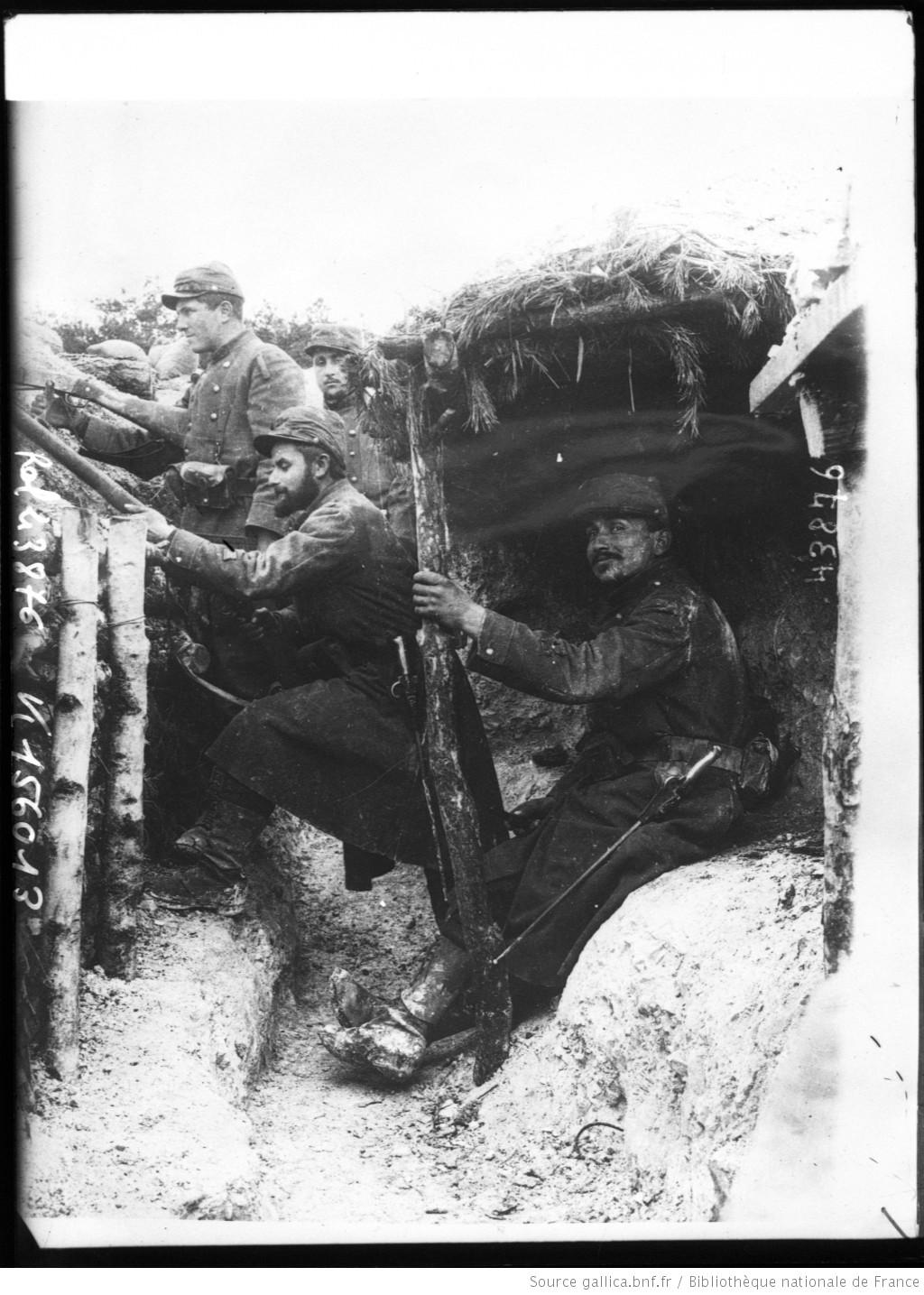 Soldats_français_dans_les_tranchées_[...]Agence_Rol_btv1b69332914